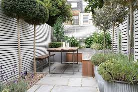 small patio garden wooden bench small garden design ideas