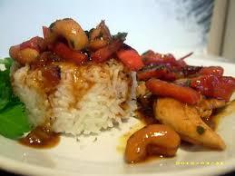 recette cuisine wok recette de wok de poulet aux noix de cajou