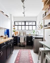 cuisine repeinte en noir 1001 conseils et idées de relooking cuisine à petit prix