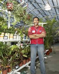 garden centers go green and recycle plastic planters