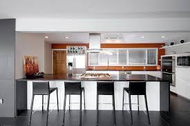 cuisine sienne 1001 idées pour décorer avec la couleur terre de sienne