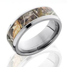 beveled ring camo engagement bands titanium realtree beveled edge ring