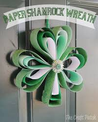 the craft patch paper shamrock wreath