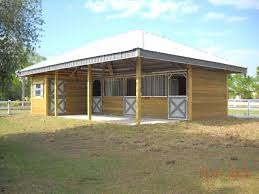 woodys barns horse barns