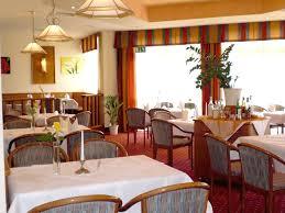 Bad Urach Restaurant Hotels In Kirchentellinsfurt Hotelbuchung In Kirchentellinsfurt