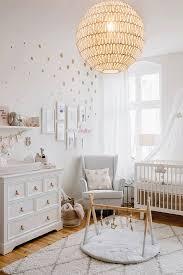 tapis chambre bebe relooking et décoration 2017 2018 une chambre bébé avec un tapis