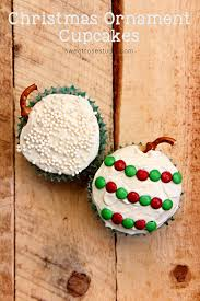 ornament cupcakes hop