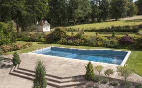 tom cruise mansion tom cruise looking to sell u k mansion near london for 7 4m