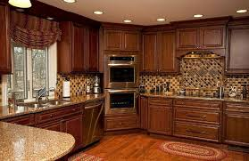 Laying Out Kitchen Cabinets Love This Kitchen Layout Want The Ovens In The Corner Bits