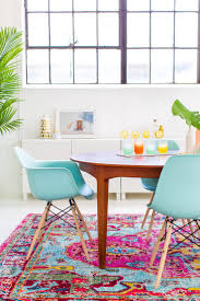 Modern Colorful Rugs A Joyful And Modern Dining Room For Summer Joyful Decorating