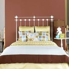 lit chambre adulte tête de lit 25 idées cool pour décorer la chambre adulte