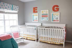 chambre bebe jumeaux chambre bebes jumeaux déco chambre bébé nursery