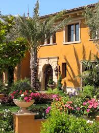 Spanish Mediterranean Homes Spanish Mediterranean Homes Found In Tucson Love This Color