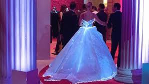 zac posen light up gown designer zac posen in conversation v a culture whisper
