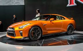 skyline nissan 2017 2017 nissan gt r gets exterior revisions more cowbell