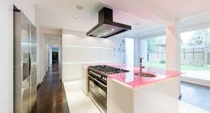 travailler en cuisine plan de travail couleur pour cuisine sofag 17 castorama avec faire