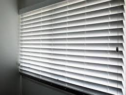 Best Way To Clean Venetian Blinds Home Cleaning Tips For Fabulous Looking Blinds Maid Brigade