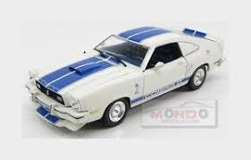 1976 shelby mustang ford usa shelby mustang ii cobra ii 1976 white blue greenlight 1