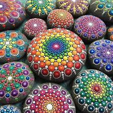 australian artist paints colorful masterpieces using beach stones
