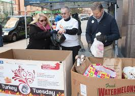 thanksgiving food bank volunteer hartford and tolland county families to have thanksgiving dinner