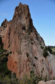 balanced rock at a different angle picture of garden of the gods