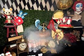 Alice In Wonderland Theme Party Decorations Kara U0027s Party Ideas Midnight Alice In Wonderland 30th Un Birthday