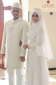 tutorial hijab syar i untuk pengantin menyelenggarakan pernikahan dengan konsep syar i menjadi impian