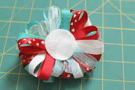 loopy bow how to make a dr seuss inspired loopy bow occasionally crafty