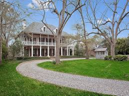 9 french colonial homes houses in french colonial new orleans style