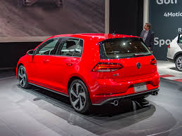 2018 volkswagen golf revised kelley blue book