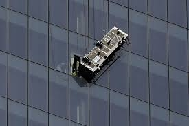 window state tx us window washers defy death but can start off making just 12 per