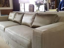 tapissier canapé housse de coussin de canapé across housse de canape atelier du