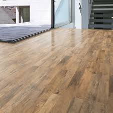 B Q Bathroom Laminate Flooring Guarcino Reclaimed Oak Effect Laminate Flooring 1 64 M Pack