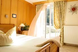 chambres d hôtes ribeauvillé alsace chambres d hôtes charmance ribeauvillé alsace la cerisaie
