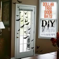 boo halloween door sign wwwthepinningmamacom spider wreath
