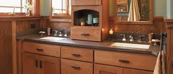 quarter sawn oak cabinets farmington door style in quarter sawn oak finished in toffee with