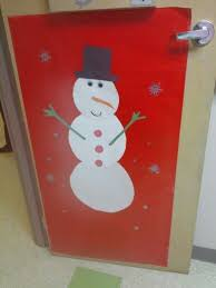 the 23 best images about christmas door decorations on pinterest