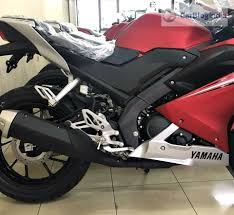 cbr 150r black price 2017 yamaha r15 v3 price launch specifications mileage top speed