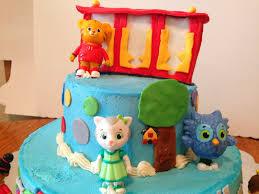 daniel tiger cake project randi daniel tiger birthday cake