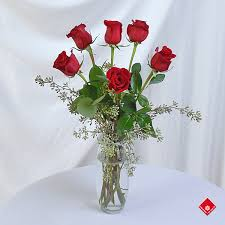 Vases Of Roses Order Roses Online From Your Montreal Florist The Flower Pot