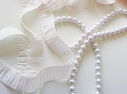 pearl ribbon diy ribbon pearl accordion statement necklace maegan