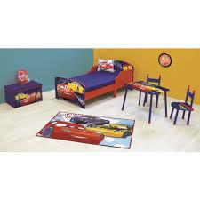 chambre enfant cars chambre cars but affordable deco chambre cars peinture chambre cars
