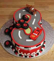 lightning mcqueen cakes disney cars mcqueen cake 5 car cakes lightning mcqueen and