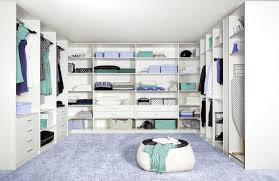 Schlafzimmer Schrank Ideen Kleines Schlafzimmer Mit Begehbarem Kleiderschrank Attraktive Auf