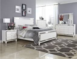 Hayworth Mirrored Bedroom Furniture Collection Mirrored Bedroom Furniture Sets Vivo Furniture