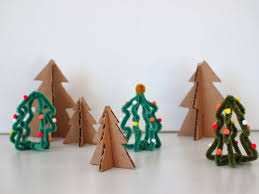 make mini trees from pipe cleaners and cardboard pink