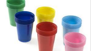 riciclare bicchieri di plastica come riutilizzare i bicchieri di plastica riciclo creativo