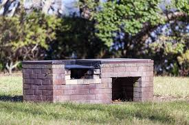 How To Make A Fire Pit With Bricks - how to build a brick bbq pit