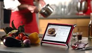 tablette pour recette de cuisine les 5 tablettes qui se font la guerre en cuisine
