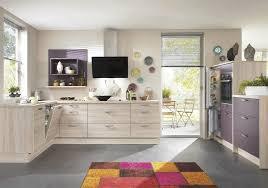 modele peinture cuisine modele de cuisine en bois peint mzaol com